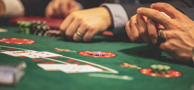 Various types of betting games that are played online